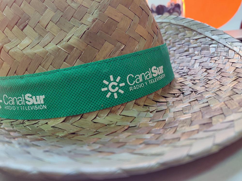 Serigrafia de sombreros para Canal Sur